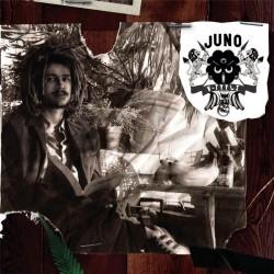 Juno: V-tyyli